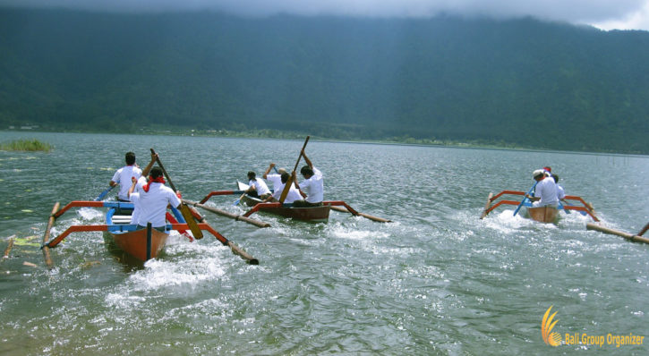 Bali Canoe Race Team Building Games
