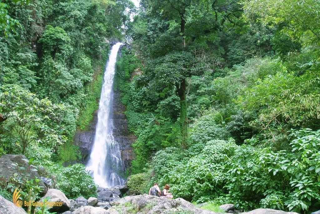 sightseeing gitgit, waterfall, singaraja, bali