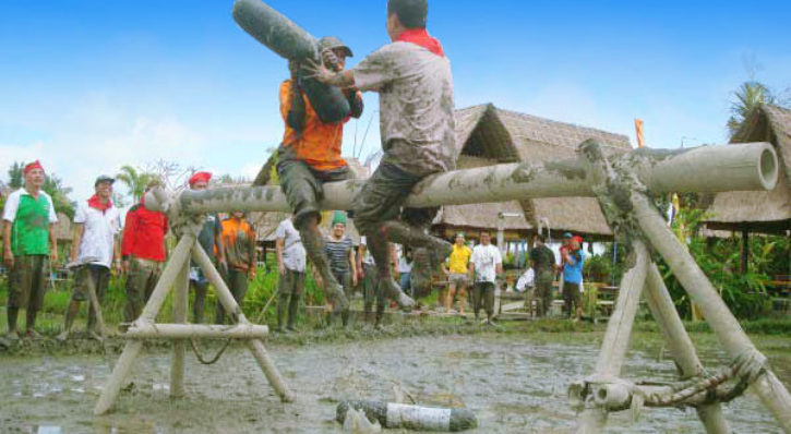 Bali Team Building – Muddy Land Life Struggling Games
