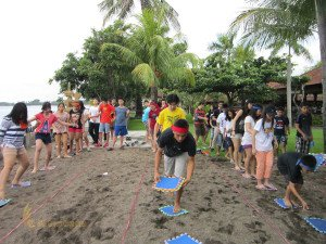 Stamford International School Bandung, Bali Education Trip, Group Event, Bali Beach Team Building, Stepping Mat Games, Olympic Phase Games, Games, Fun Games, Education Games, Student, Bali