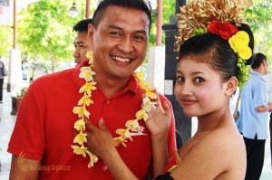 TNT Express Indonesia, Bali Photo, Group Photo, Arrival, Welcoming Guest
