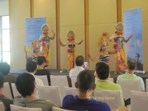 fireeye, singapore, bali, csr, corporate, social, responsibility, charity, orphanage, bali csr, bali charity, balinese dance, performance