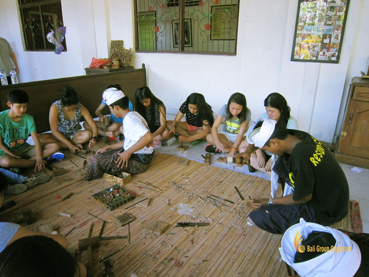 bali, balinese, cultures, balinese culture lessons, cais, cais hongkong, wood carving