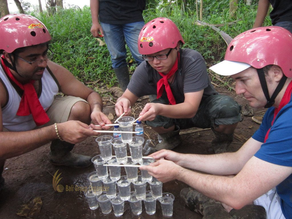 Singapore Software Company Experience on water pyramid game