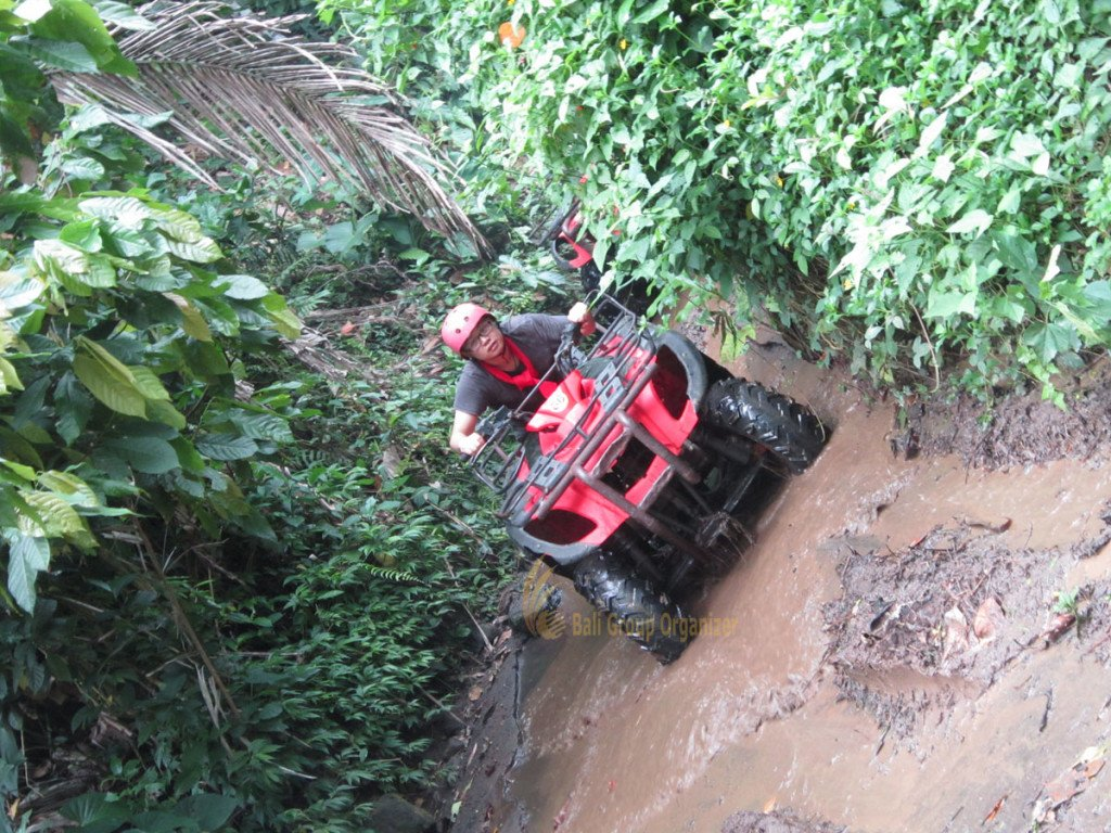 Singapore Software Company experience muddy land track