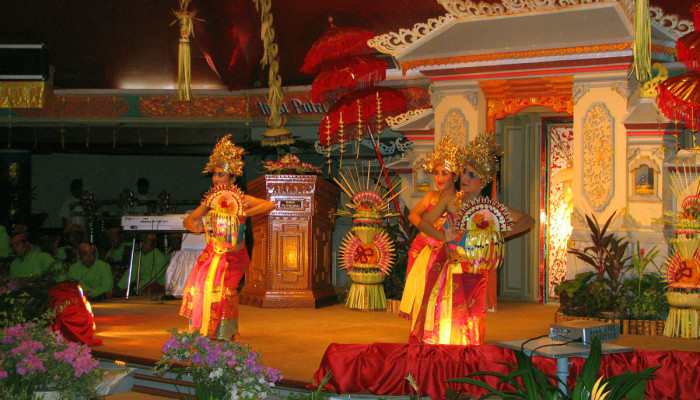 Legong Dance – Bali Entertainments, Lighting and Sound System Rental