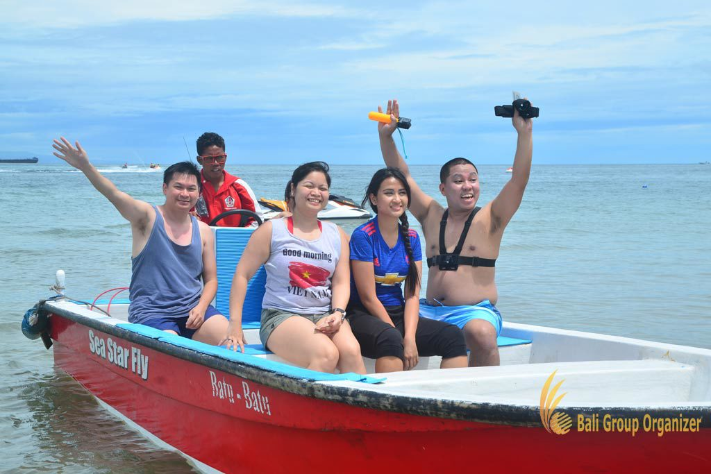 boat riding, water sport, Singapore Software Company group