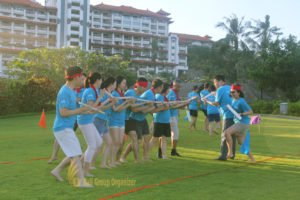 crazy ball game, beach team building, team bounding, scor global, scor global life