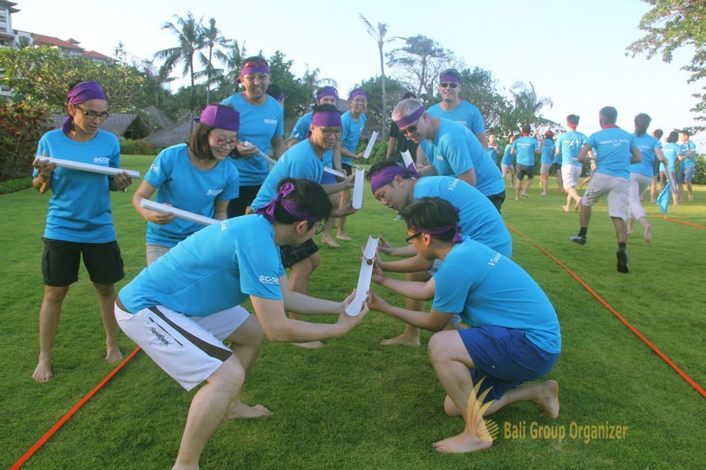 crazy ball, games, beach team building, score global, score global life