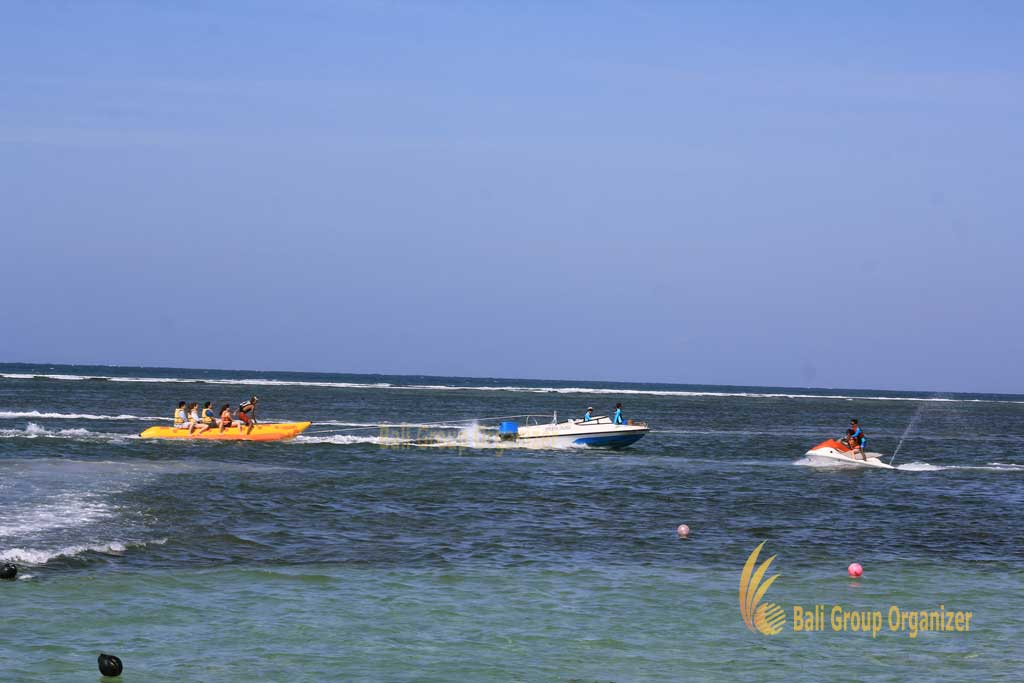 banana boat, banana boat ride, kearney, at kearney, kearney group