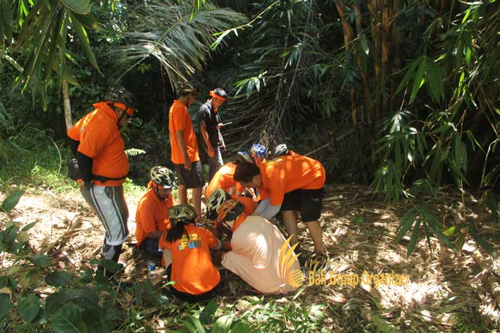 bali incentive trip jungle games, bali jungle games, jungle team building, weebz mandiri, weebz mandiri group