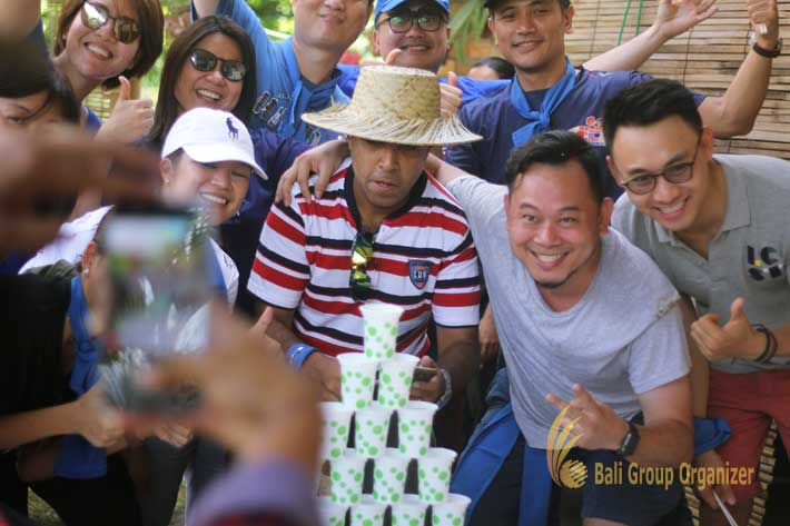 ab food and beverage thailand water pyramid game, team building, ab food and beverage